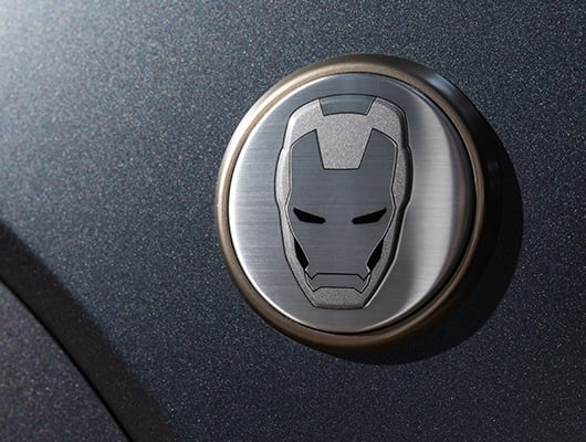 Hyundai KONA Iron Man Edition Iron Man Badge auf Kotflügel